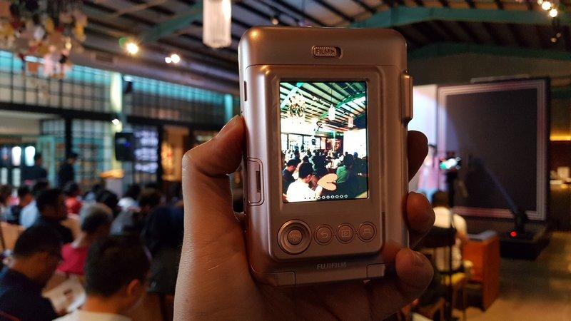 Fujifilm instax mini LiPlay